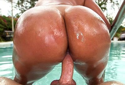 Big latina ass get pulverized! AssParade