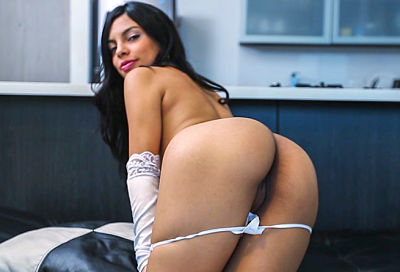Valeria's First Time Bangbros Colombia Online