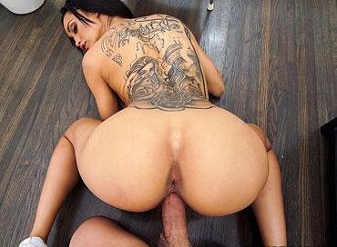 bangbros-big-booty-maid-works-for-cash-my-dirty-maid-gia-vendetti-pornstar-xxx-online-sex-video