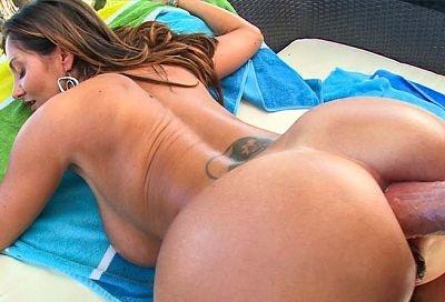 Big tits round ass anal