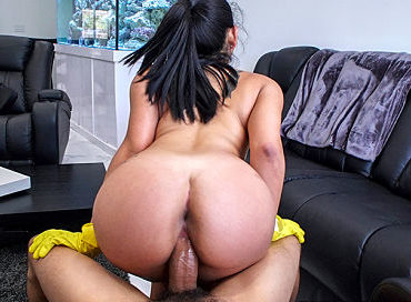 bangbros-juicy-thick-latina-cleaned-my-house-and-cock-my-dirty-maid-julz-gotti-pornstar-xxx-online-sex-video