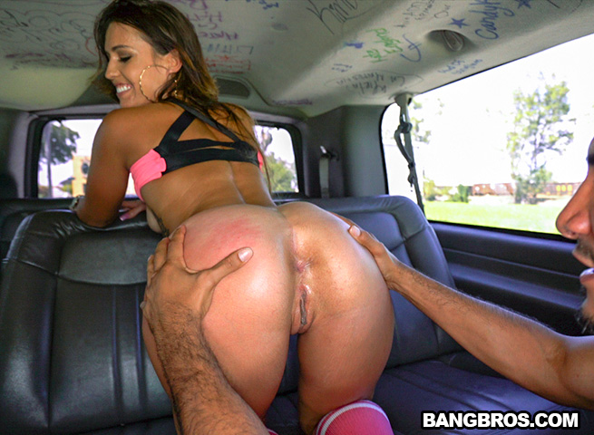 kelsi monroe bang bus