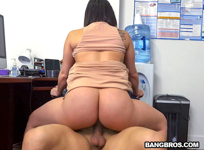 Pantyhose Couple Both Suck