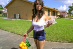 bangbros-nina-lopez-slangs-oranges-and-a-fat-ass-big-tits-round-asses-xxx-online-pornstar