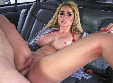 bangbros-skyla-gets-the-ride-of-her-life-bangbus-skyla-novea
