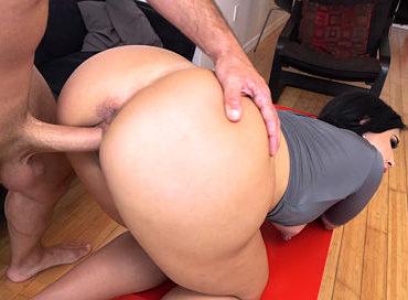 bangbros-teaching-a-lesson-with-a-big-ass-parade-valerie-kay-pornstar-xxx-online-sex-video