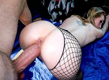 bangbros-the-bus-picks-up-a-hooker-bangbus-victoria-gracen-pornstar-xxx-online-sex-video