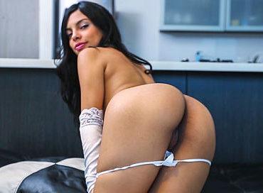 bangbros-valeria-s-first-time-colombia-fuck-fest-valeria-marin-pornstar-xxx-online-sex